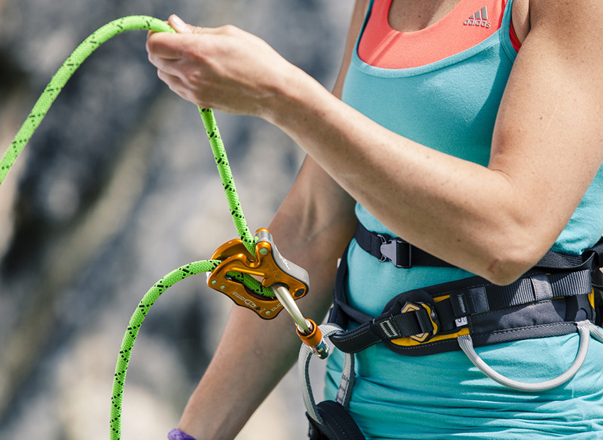 CLICK UP the foolproof belay device