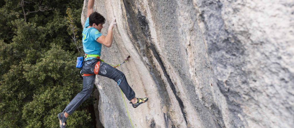 """Pietro Biagini sale """"Ombra"""": quindici metri di moderna scalata anni Ottanta"""