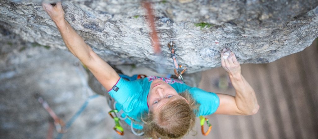 The Polish athlete Karolina Ośka tells us all about herself after sending her first  8C